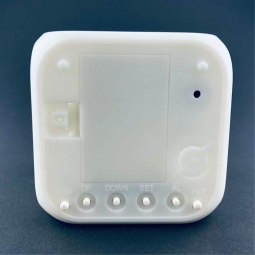 Digitale klok met LED achteraanzicht
