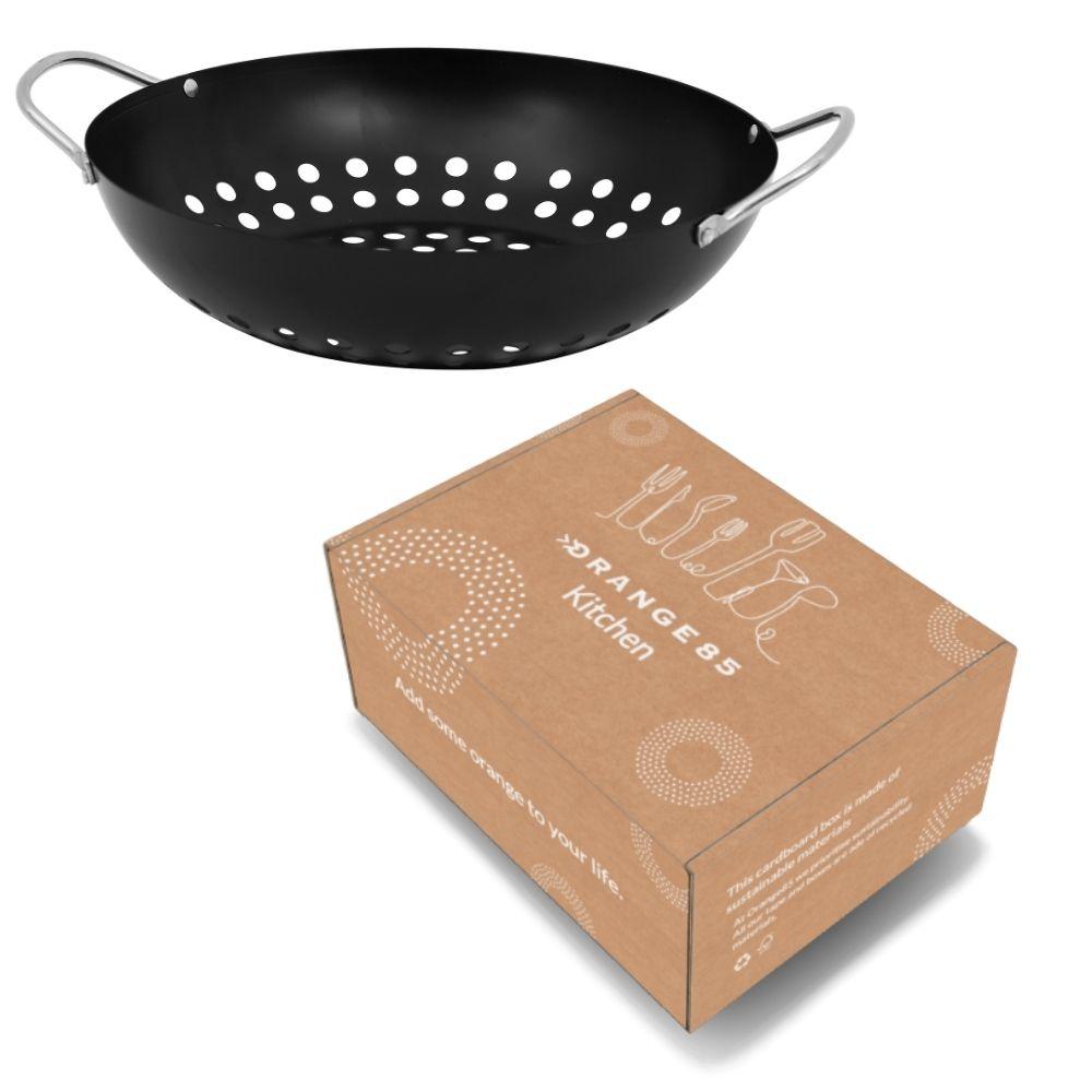 https://weekendwebshop.nl/wp-content/uploads/2021/03/Orange85-Barbecue-pan-wok-grill-zwart-metaal-28cm-4.jpg