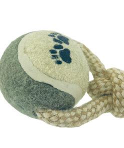 Speeltouw met tennisballen detail