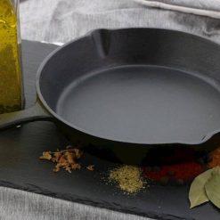 sfeerbeeld Gietijzeren koekenpan 20 cm